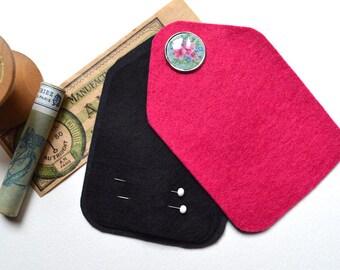 Sewing Needle Case - Needle Holder - Pink Felt - Handmade