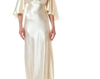 1930s White Silk Satin Bridal Bias Cut Gown with Train SIZE: XS