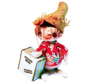 ANNALEE MOUSE DOLL Vacationer Traveler Boy Mouse Traveling Mouse Wearing a Straw Hat & Carrying Suitcase 1980s AnnaLee Dolls