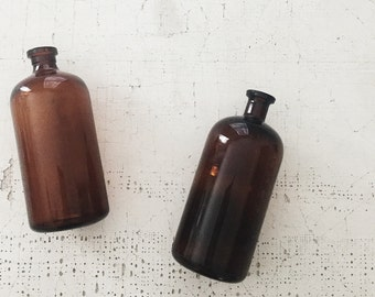vintage amber bottles.  apothecary style bottles. brown bottles. medicine bottles. fall decor. home decor. refugeca2015