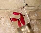 Maple seed square resin necklace, Maple pendant, Leaf jewelry, Plant jewellery, woodland, nature, red, Silver plated chain