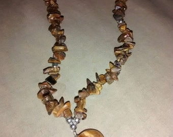 Tiger Eye Heart Pendant  Necklace 1960's Very Elegant Piece Indeed...