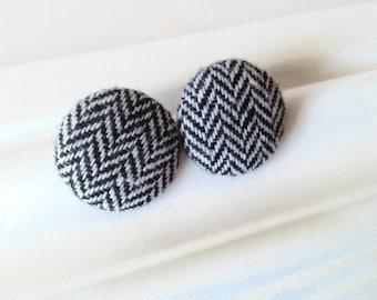 Giant studs black white chevron earrings - Winter jewelry - Tweed fabric button earrings monochrome - Eco-friendly Big stud earrings chalet