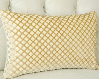 Scalamandre Pomfret Pillow Cover -Gold Cut Velvet Pillow- Quadrefoil Pillow Cover - Honey Throw Cushion - Silk Velvet - Motif Pillows