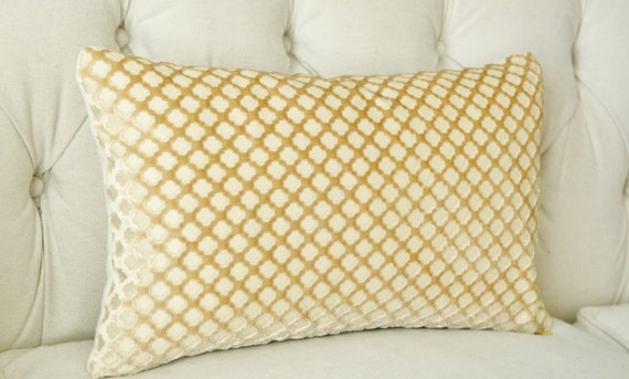 Items similar to Scalamandre Pomfret Pillow Cover -Gold Cut Velvet Pillow- Quadrefoil Pillow ...