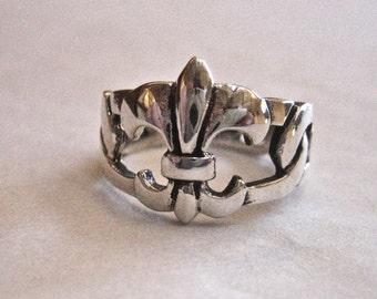 Vintage 925 Sterling Silver Fleur De Lis Ring