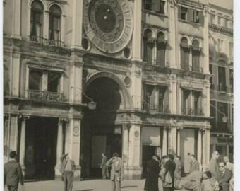 Venice, St. Mark's Square, 1960 Vintage Snapshot Photo (59413)