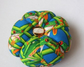 Pincushion FROGS Fabric. Great for a sewing gift - Round Pin cushion - Tree Frog quilting fabric. Australian handmade pincushion. pin holder