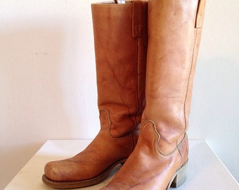 Vintage 1970s Leather Campus Cowboy Boots Western Southwest Riding Ranch Tan Leather Ladies Size 7 1/2 or 7 by Acme