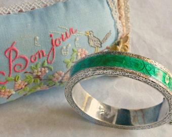 Vintage Sterling Silver Emerald Green Guilloche Enamel Bangle Bracelet