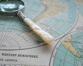 Small Magnifying Glass with Antique Mother of Pearl Handle Vintage Magnifier Antique Magnifying Glass with Pearl Handle