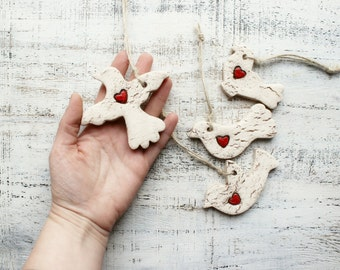 Rustic bird wedding favors ornaments hearts cottage chic guest favors bridal shower red white brown baptism cristenning