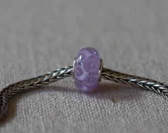 Lavender calla bead