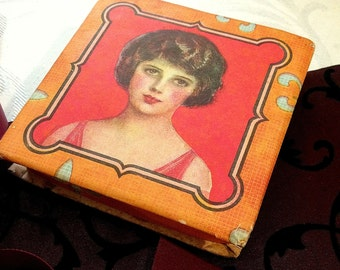 Striking Small Flapper Box, Small Tiny Antique Box,  Cardboard Box, Flapper Pretty Lady, Orange, 1920s, Fleur de Li, Tiny Gift Box, Art Deco