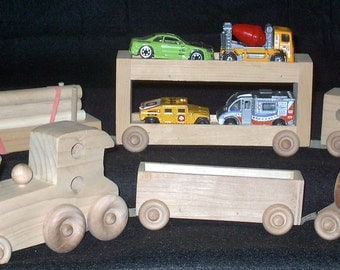 Train set, wooden, six pieces are connected by velcro.