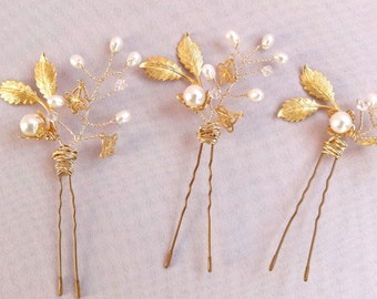 Gold bridal headpiece hair pin, 18k gold plate, real freshwater pearls, darling wedding hair jewelry Style 314
