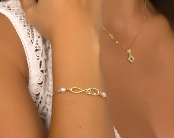 Infinity Bracelet / Infinity love bracelet / Love bracelet / Freshwater Pearl bracelet / Anniversary gift/Bridesmaid bracelet |Infinity-Love