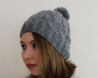 VALENTINES DAY Gift İdeas! FAST Shipping. Unisex bberet.Gift for her. Gray cable beanie. Pom pom cable hat. Ski beret, ready to shipping.