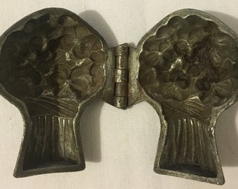 Antique Pewter Ice Cream Mould Bunch of Flowers