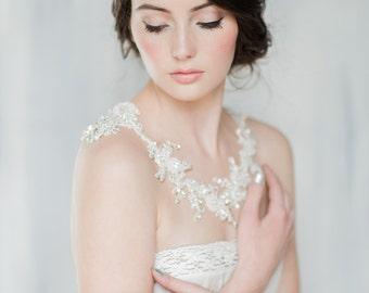 Bridal Lace Shoulder Necklace, Shoulder Jewelry, Crystal Shoulder Piece, Ivory Gold Necklace, Crystal Bolero, Silver Statement Necklace ZARA