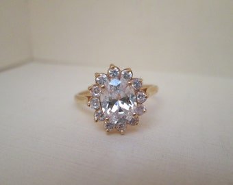 Romantic CZ Cluster 18K Gold Ring