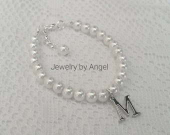 Girls Personalized  Pearl  Bracelet Initial Charm Pearl Flower Girl Bracelet Bridesmaid Bracelet Bridal Jewelry Gift