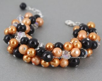 Halloween Bracelet, Halloween Jewelry, Orange and Black Bracelet for Halloween, Pearl Jewelry, Halloween Chunky Jewelry