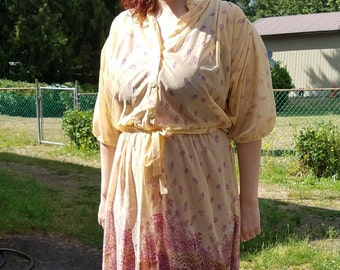 Lovely Sheer Yellow 70s Dress