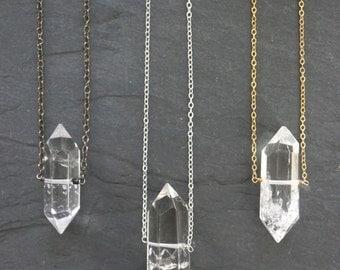 Quartz Necklace / Quartz Crystal / Raw Quartz / Clear Quartz / Crystal Necklace / Quartz Jewelry / Quartz Pendant / Mother's Day Gift