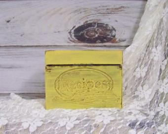 Recipe Box, Shabby Chic Wooden Recipe Box, Distressed Recipe Box, Kitchen Decor