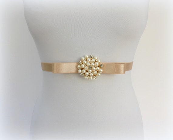 Champagne bow belt. Elastic waist belt. Nude belt. Dress belt. Pearls and rhinestone belt. Bridal belt. Wedding belt. Stretch belt.