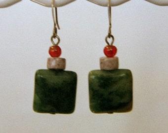 Green karmen, lilac stone and carnelians earrings