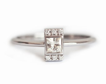Diamond Ring, Princess Engagement Ring, White Gold Engagement Ring, Dainty Engagement Ring, Pave Diamond Ring, 18k White Gold Wedding Ring