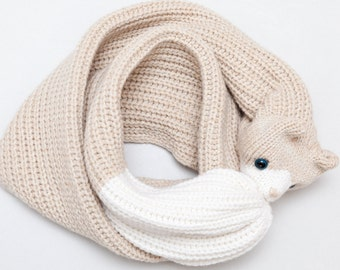 Cat Scarf – Chunky Knit Scarf Featuring White and Beige – Great Gifts for Cat Lovers
