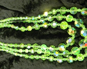 Costume Jewelry Vintage 1950s 3Strand Green Glass Beads 18.5 Inches In Length #5805