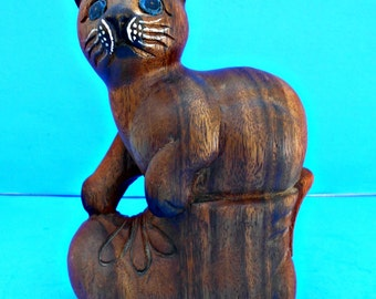 Large Wood Carved Cat, Kitty in a Boot, Hand Carved Cat Figurine, Hand Painted, Wood Cat Statue, Collectible Animal, Cat Art, Cat Decor