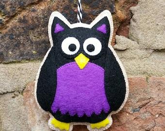 Felt halloween owl ornament