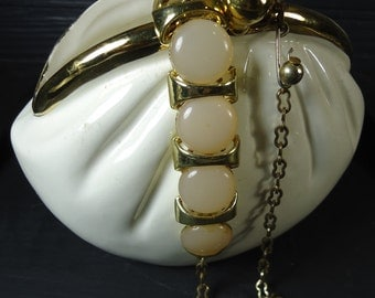 vintage jewelry gold tone and pearlescent stone link bracelet