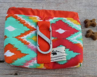 Dog Treat Bag with Carabiner, Puppy Treat Training Bag, Dog Walks Hikes, Pet Lover Gift, Bait Bag, Dog Walker, Dog Trainer, Hiking Dog