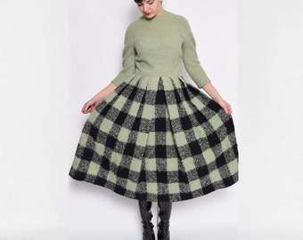 Vintage 60's Checkered Accordion Pleated Long Sleeve Dress