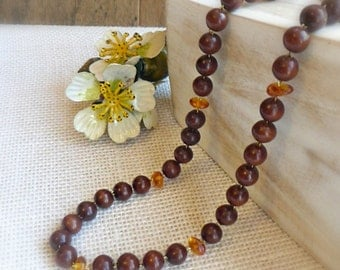Simple wood strand necklace , Wood and amber stone jewelry , 5th anniversary gift , Retro mahogany wooden necklace