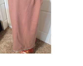 Vintage tan pencil skirt with a pocket