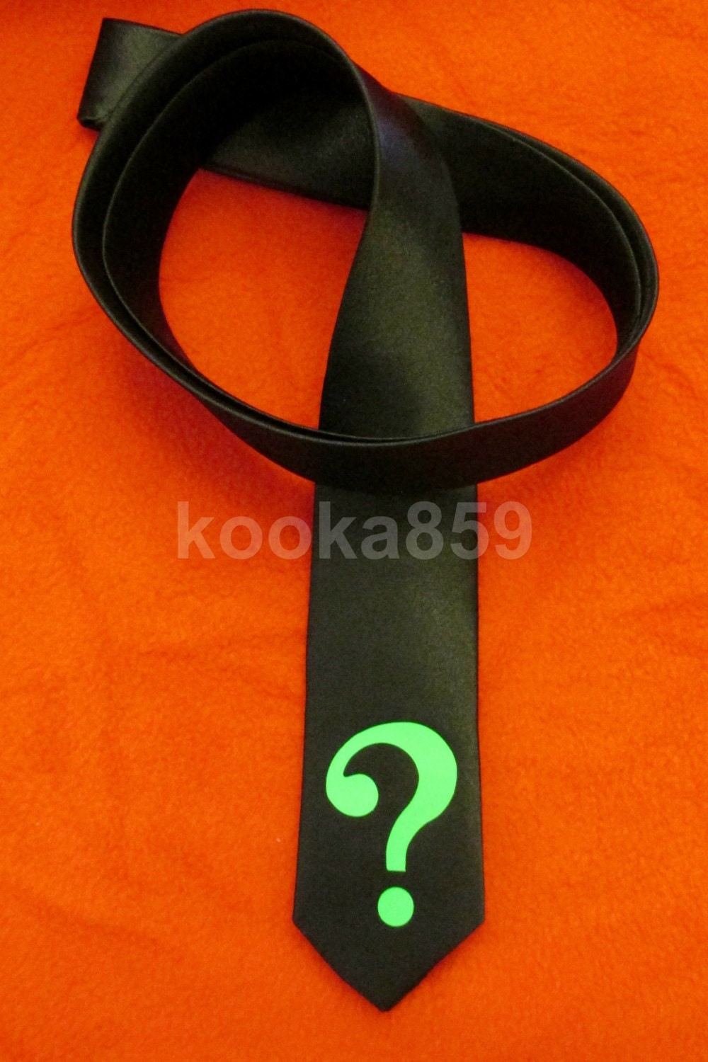 riddler inspired black tie with neon green 2