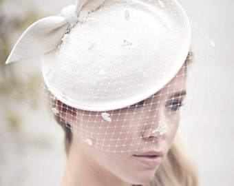Wedding Veil Bridal Fascinator Hat, Bow Felt Hat, Off White Saucer Hat, Birdcage Veil Perch Hat  - Adele