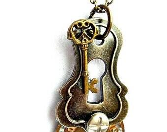 Steampunk Necklace Keyhole Key Watch Face Woman Teen Jewelry gift ideas urban chic Gears Goth Copper