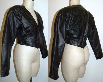 1980s 80s LEATHER Jacket / Black/ AVANT GARDE / Fashion / Batwing / Crop / Corset waist / Chia / Vintage M