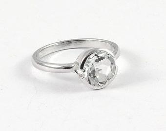 White topaz ring in sterling silver White topaz engagement ring Diamond alternative April birthstone 8 mm gemstone solitaire ring