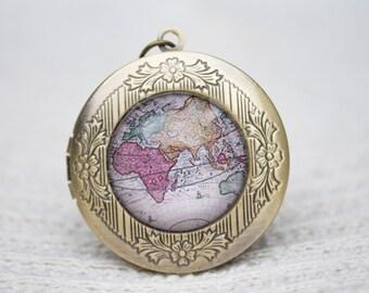 Ancient Map Locket Necklace, Antique Map, World Map Locket, Vintage Map, Ancient Map, Pendant Locket, Photo Locket, Glass Dome Pendant