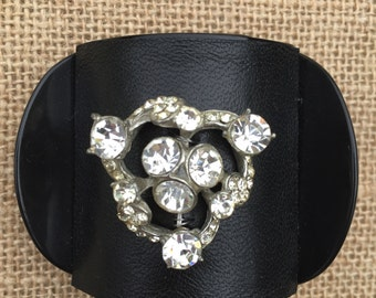Hair Jewelry - Updo Clip Adorned with Clear Rhinestone Vintage Brooch