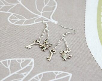 Alice in wonderland white rabbit key earrings